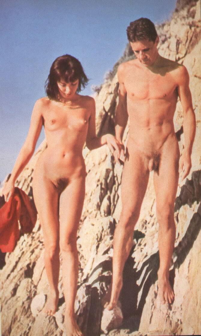 Nude female amputee photos