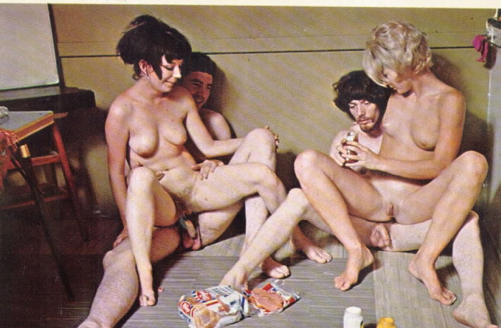 Vintage classic hippies in group orgy 9